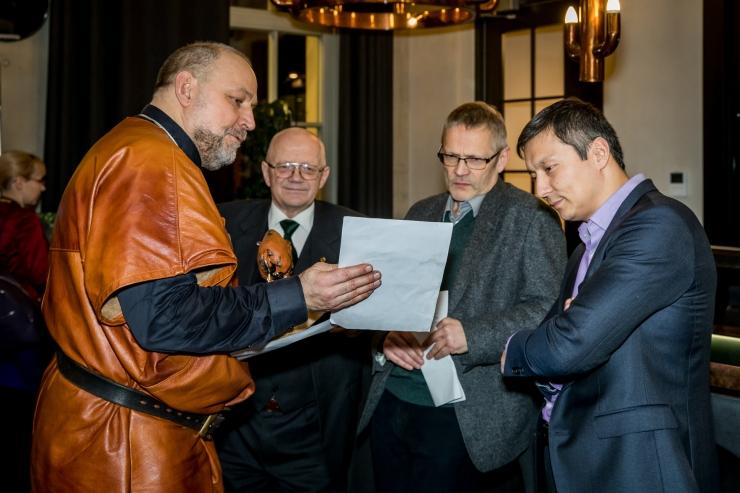 FOTOD! Heategevuslikul õhtusöögil Tiigrioru toetuseks koguti ligi viis tuhat eurot
