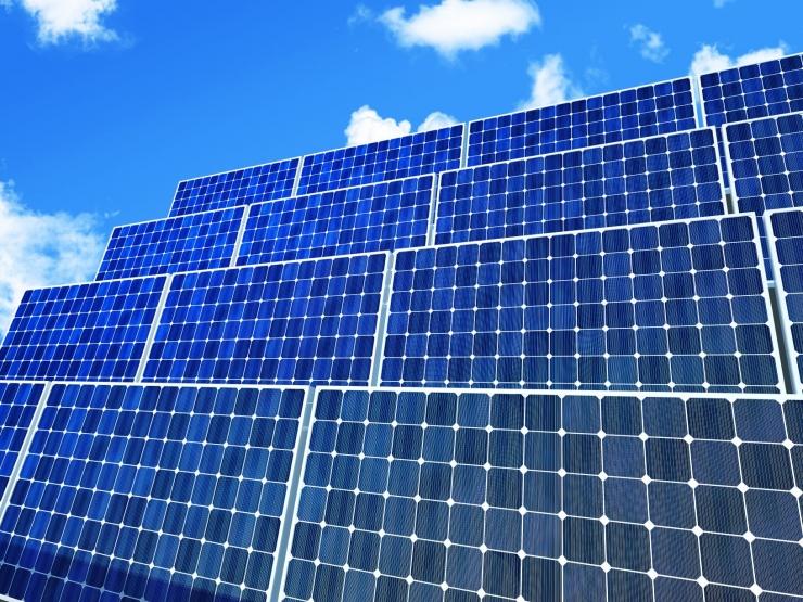 Kiirabimaja katusel valmis päikeseelektrijaam