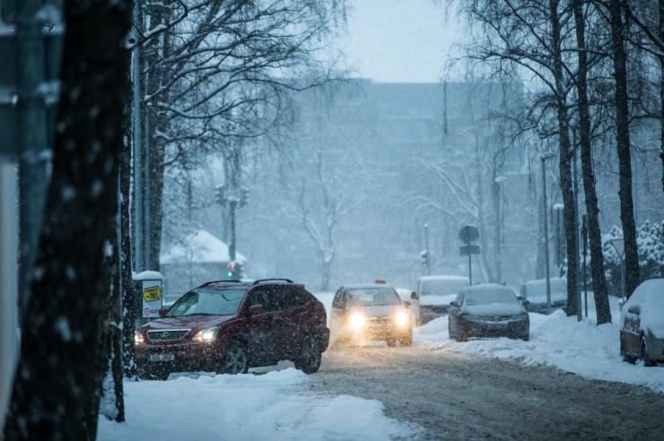 Lumised teeolud võivad tuua teedele ka libedust
