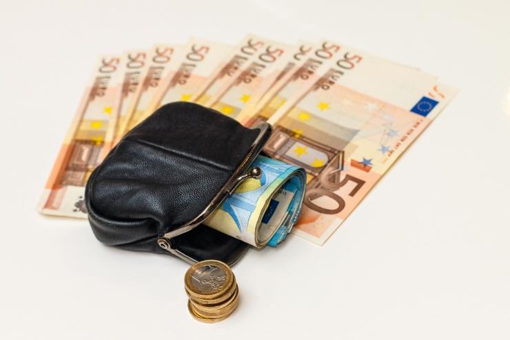 Linn maksis mullu pensionilisa üle 10 miljoni euro