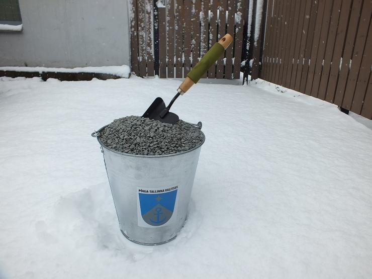 Põhja-Tallinna valitsus jagab täiendavalt graniitkillustikku