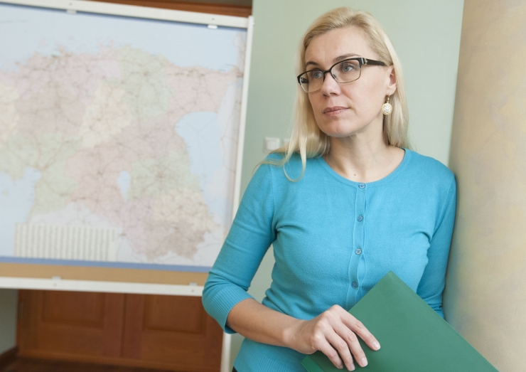 Putini nõunik kutsus minister Simsoni Peterburi majandusfoorumile