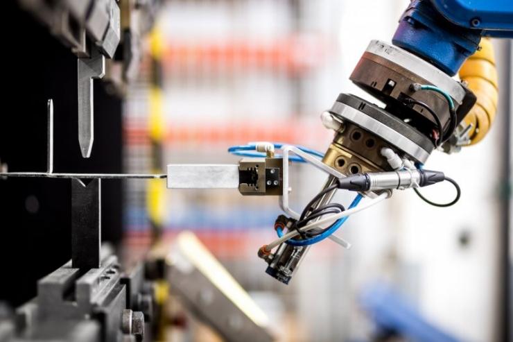 Tammist: ettevõtete arendus- ja innovatsiooni lisarahastusest võidavad nii Eesti teadus kui ettevõtlus