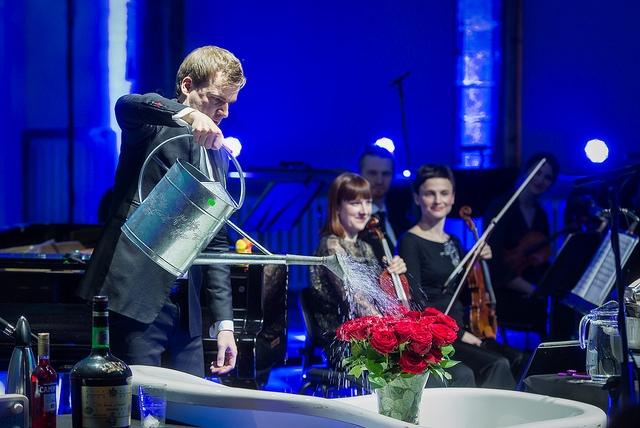 """Tallinna Kammerorkester toob kontserdilavale """"Kuu-Pierrot"""""""