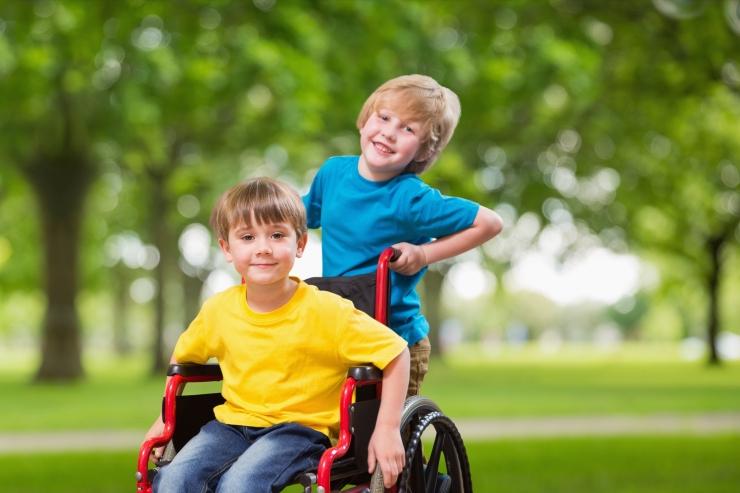 Riigikogu tõstab puudega laste toetusi