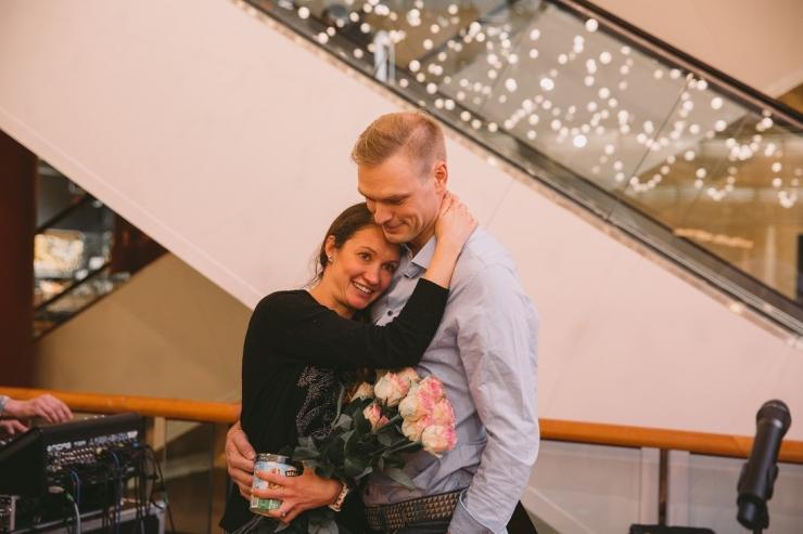 Liigutav video: Eesti mees tegi sõbrapäevaks uskumatu abieluettepaneku