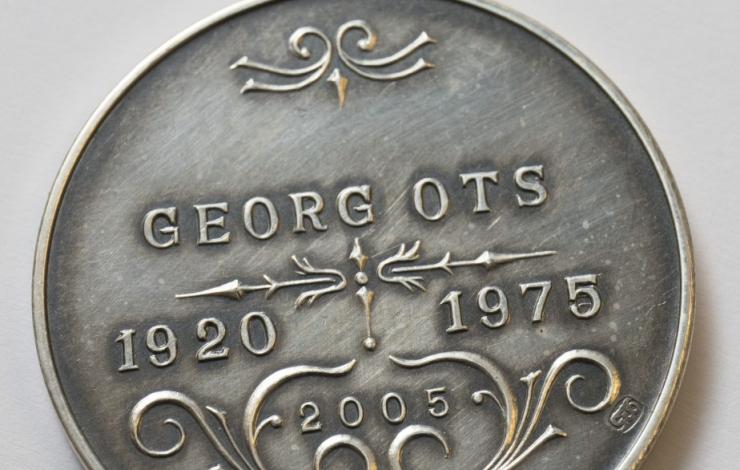 Georg Otsa mälestusmärk tuleb Estonia teatri ette