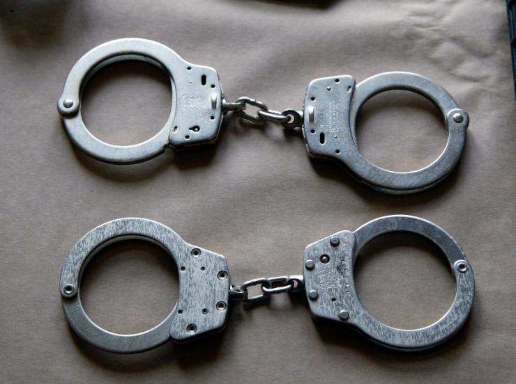 Kohus vahistas naise tapmises kahtlustatava mehe