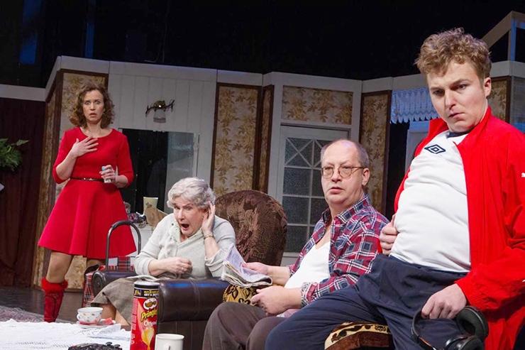 BASKINI TEATRI LOOJAD: Komöödiat tuleb teha sama tõsiselt kui draamat, mitte laval tola mängida