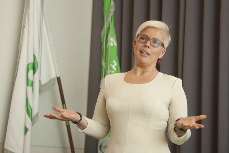Evelin Ilves kaalub europarlamenti