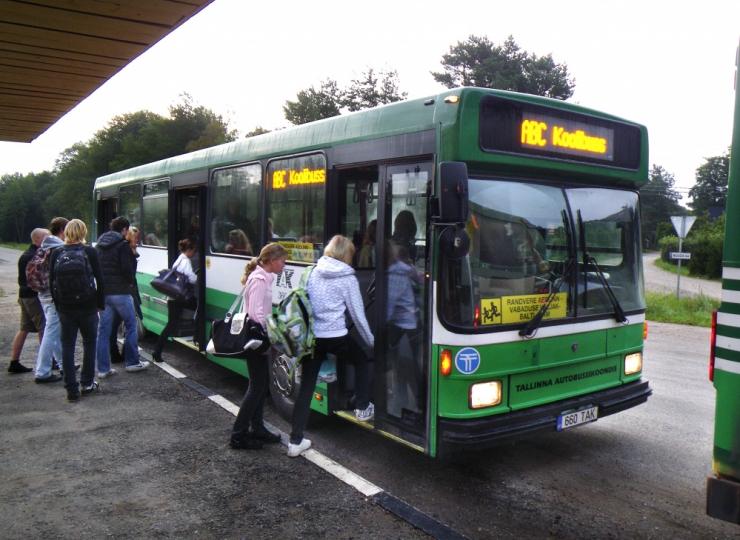 Koolibussides võib muutuda turvavöö kohustuslikuks