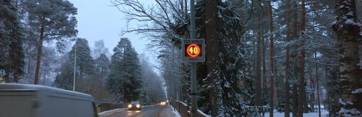 Kadaka puiesteel ja Möldre teel ületab 75 protsenti sõidukitest kiirust