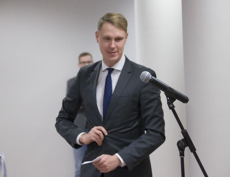 Kaljulaid läheb riigikokku, Svet ootab valitsuse moodustamist