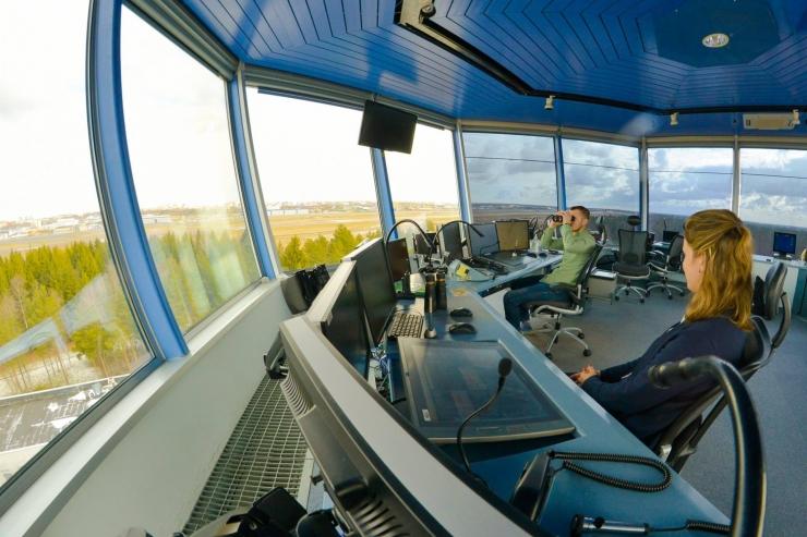 Lennujuhid: pingelised tööpäevad on palju kergemad kui hõreda lennuliiklusega päevad