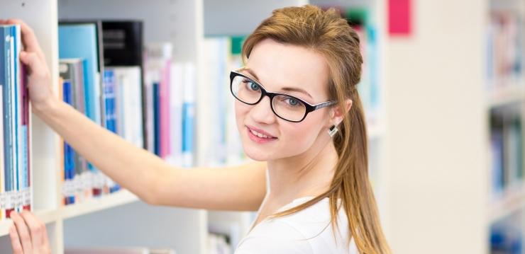 Vajaduspõhisest õppetoetusest ilma jäänud tudengid mingu tööle, võtku õppelaenu või sidugu end vanematest lahti
