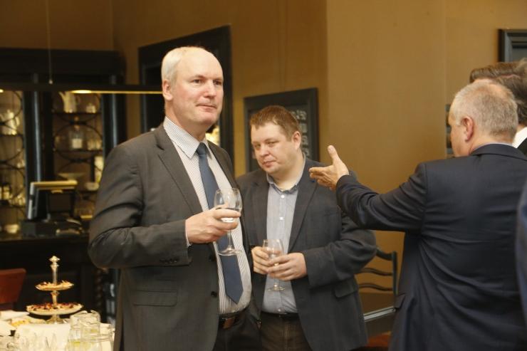 FOTOD! Kolmikliit tutvustas diplomaatidele oma välis- ja julgeolekupoliitika avaldust