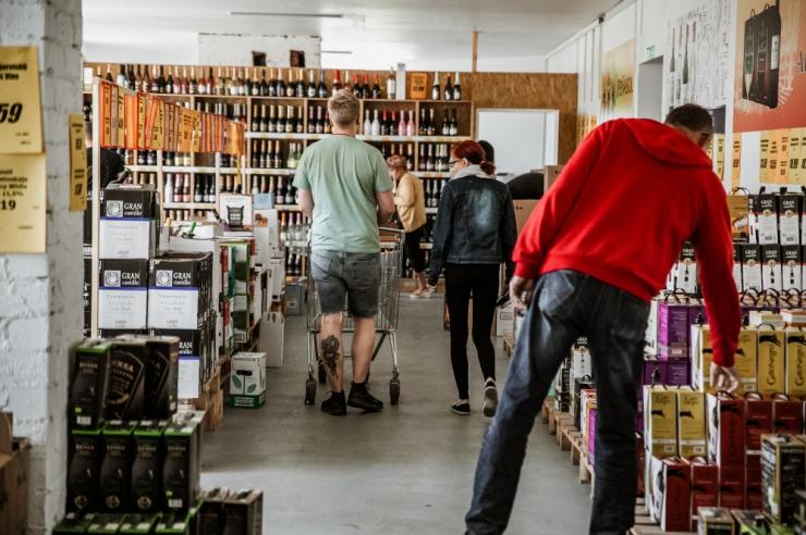 Konjunktuuriinstituut: Lätist ostetud alkoholi maht mullu kasvas