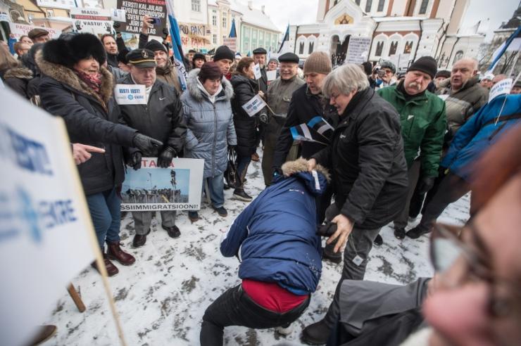 Prokuratuur esitas Indrek Tarandit rünnanud meestele süüdistuse