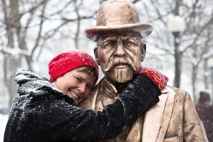EI OLE APRILL: Skulptor Elo Liiv avab Rotermannis pop-up näituse