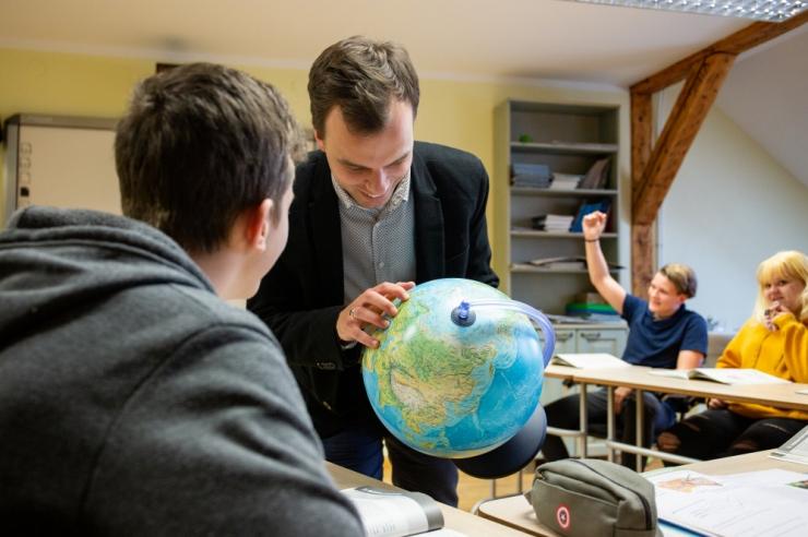 Tallinn tänab ja tunnustab haridusalal silmapaistvaid isikuid ja tegusid