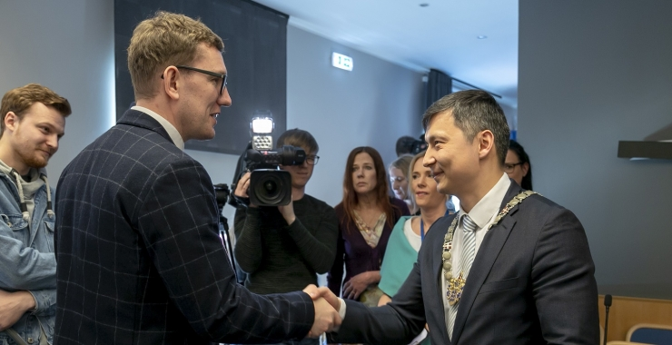 FOTOD! Tallinna linnapeaks valitud Mihhail Kõlvart: muutused tulevad, et linnaelanikke paremini teenindada