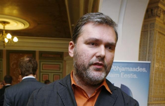 Martin Helmet hakkab finantsteemadel nõustama Lasse Lehis