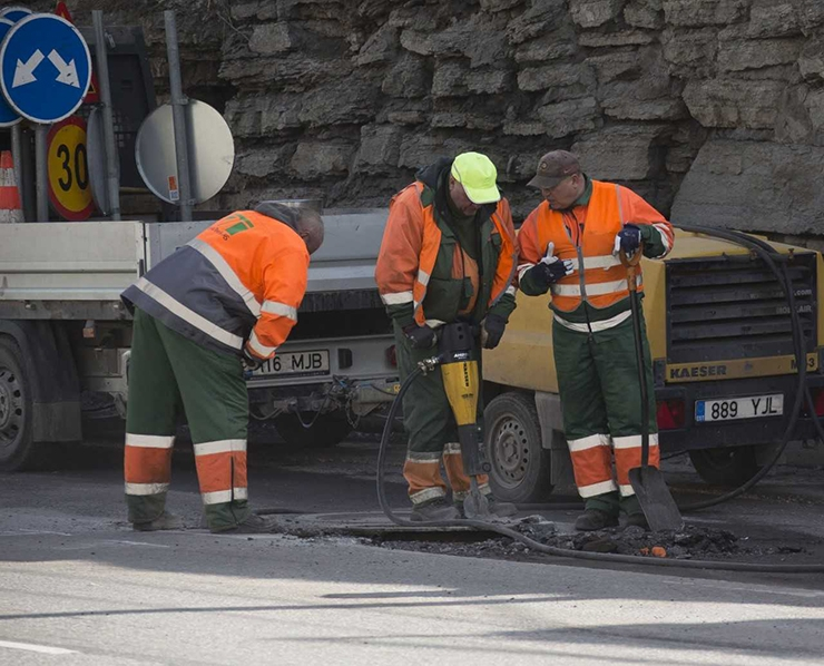 Põhjalik remont hoolitseb ratturite ja jalakäijate eest