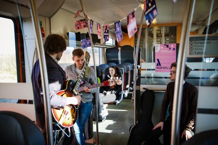 Jazzkaar täidab Elroni rongid muusikaga