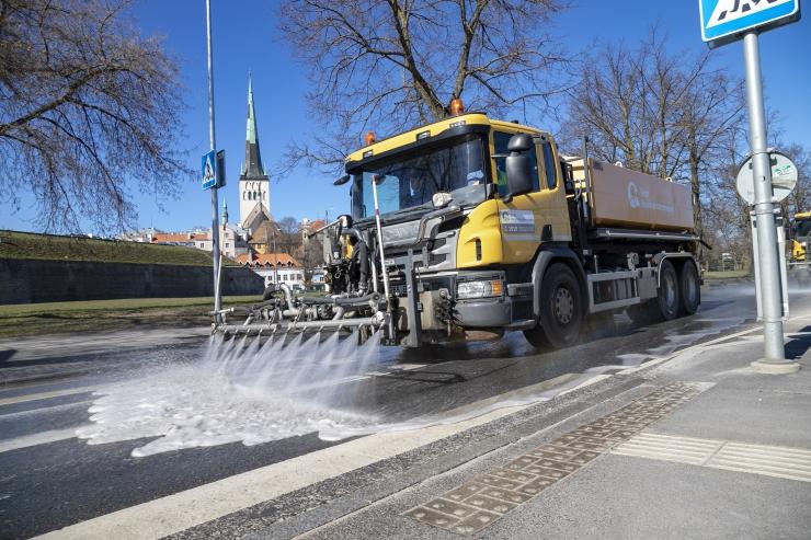 FOTOD: Tallinnas algas tänavatepesu tipphooaeg