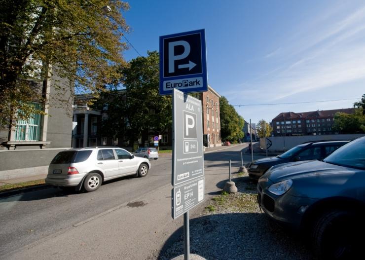 Maanteeamet hakkab eraparklatele väljastama parkimisrikkujate andmeid