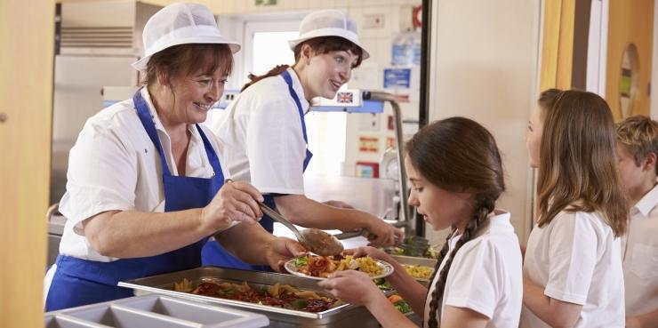 Belobrovtsev: pealinna koolides pakutakse jätkuvalt mitmekesist ja tervislikku toitu