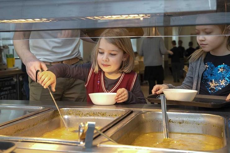 ABILINNAPEA: Tallinna koolides saab maitsvat ja tervislikku toitu