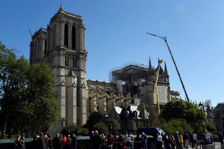 Tee annetus Pariisi Notre-Dame`i katedraali taastamiseks!