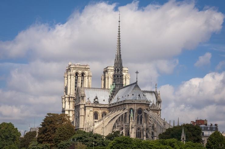 Pariisi Jumalaema Kiriku taastamiseks saab ka telefoni teel annetada