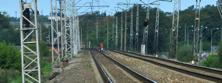 Tallinnat läbiv raudtee saab pea 10 kilomeetri pikkuses ohutusaia