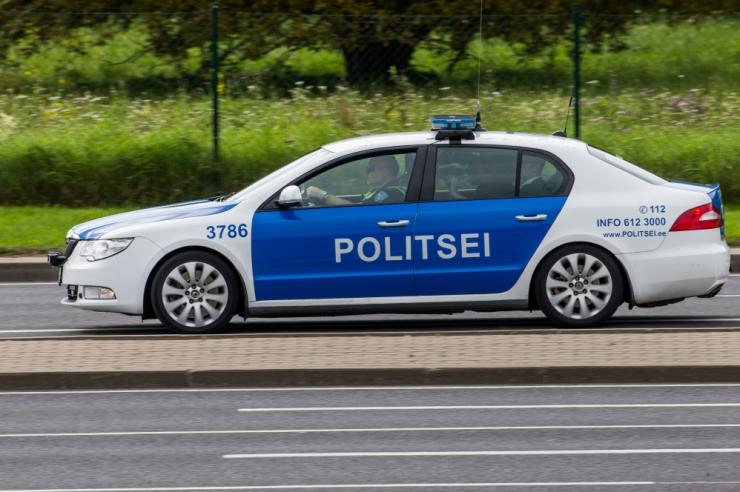 Politsei püüdis takistada end tulistada tahtnud meest
