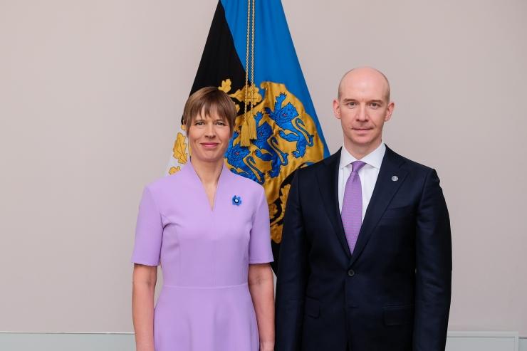 President Kersti Kaljulaid nimetas ametisse Eesti Panga presidendi Madis Mülleri