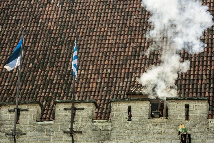 Tallinna päev avatakse kahuripaukude ja fanfaarihelidega