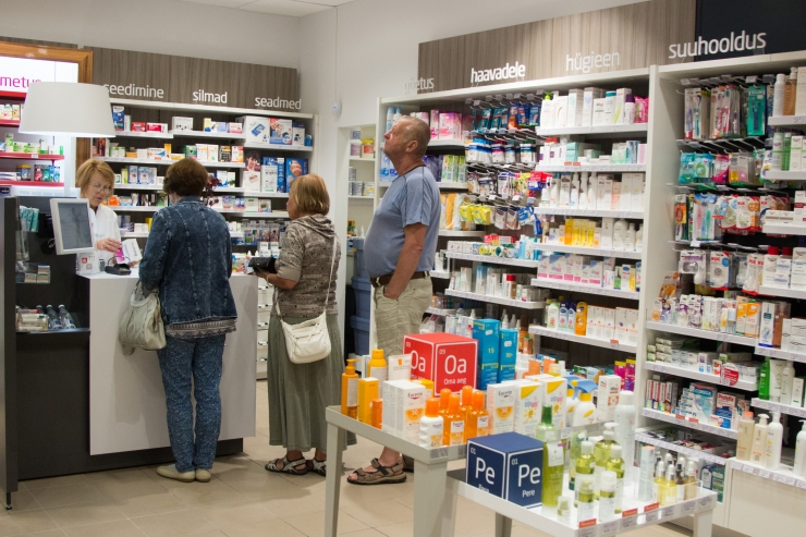116 apteeki ootavad gümnasiste töövarjuks