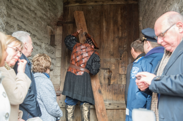 GALERII: Linnapea avas peaministrile Lühikese Jala värava