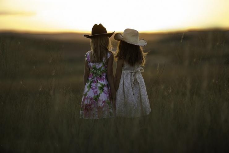 Teadlane: sündivuse suurendamiseks säilitagem maakoolid ja loogem sõbralik ühiskond