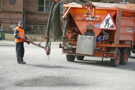 Kristiines ja Haaberstis alustatakse kvartalisiseste teede remonti