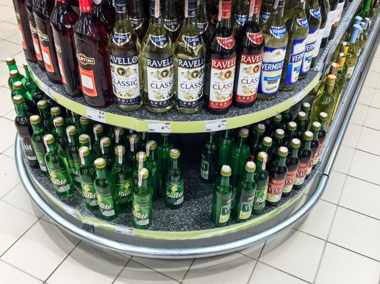 Arstide Liit: Alkoholi kättesaadavust noortele tuleb vähendada, esikohal olgu tervis, mitte aktsiisitulu!