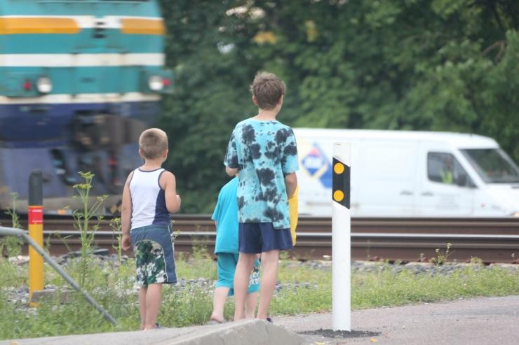 Kesklinna vanem: tahame Eesti Raudteega rääkida ülesõitude turvalisusest