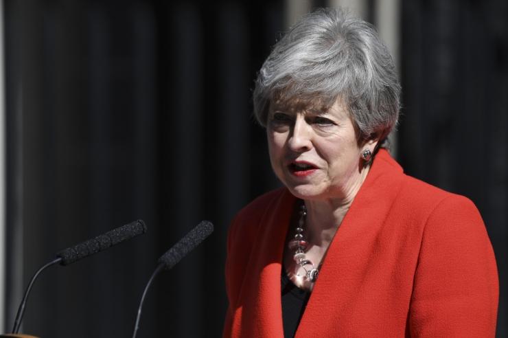 EL: May tagasiastumine ei muuda Brexiti-kõnelustes midagi