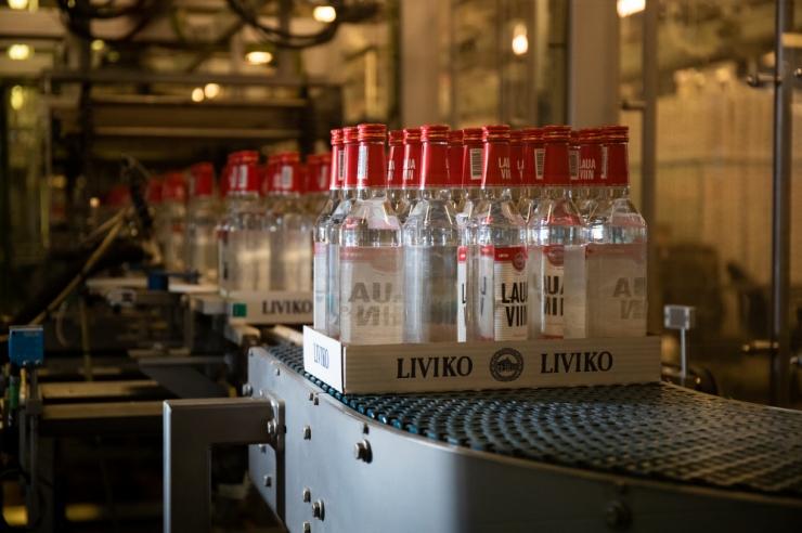 Liviko: alkoholiaktsiisi langetamine paneb piirikaubandusele punkti