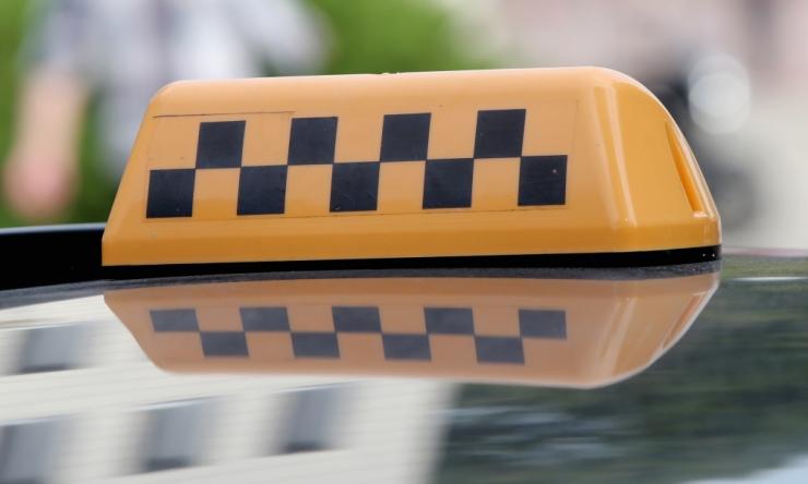Äpitaksod satuvad tavataksodest kaks korda enam liiklusavariidesse