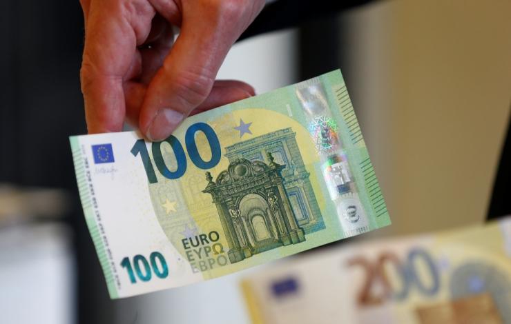Uuring: palgatabeli tippu kuulumiseks tuleb teenida ligi 2500 eurot