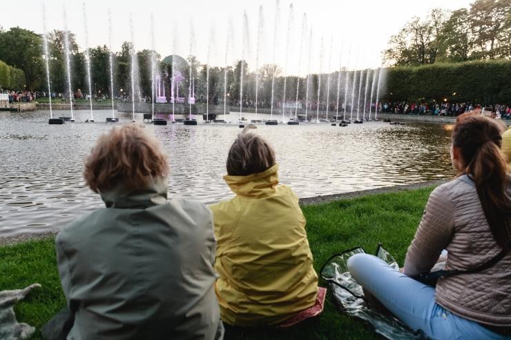 Terve suve rõõmustavad lapsi suveetendused kesklinna parkides