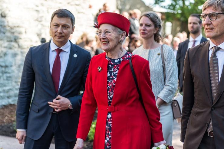 GALERII: 800 aastat Tallinna esmamainimisest: Taani kuninganna avas roosiaia
